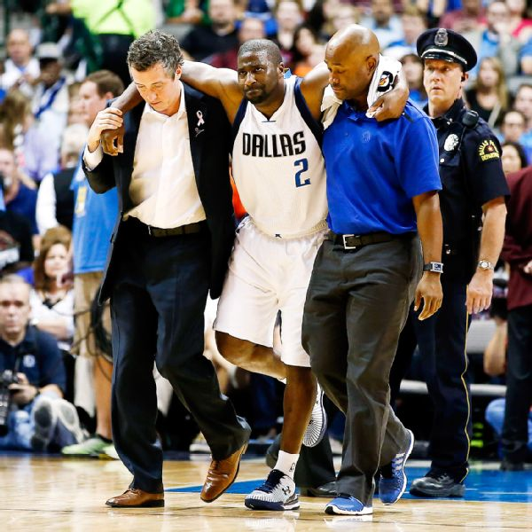 Raymond Felton plays 1 minute for the Mavs & gets injured