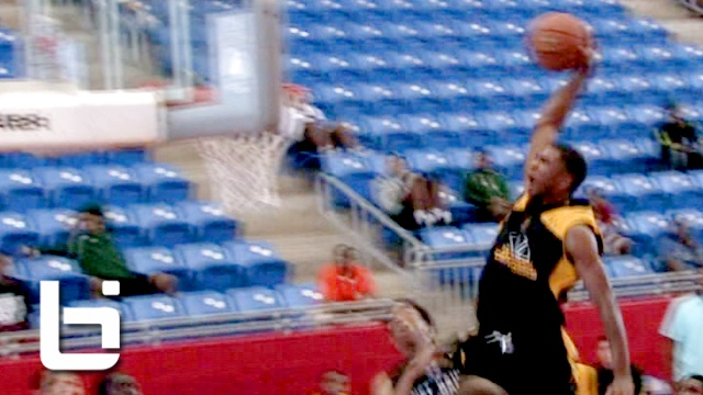 Ballislife | Aaron Harrison Explodes at Under Armour Association