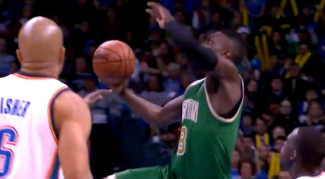 Ballislife | Jeff Green Reverse Dunk