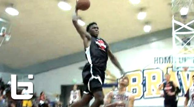 Ballislife | Stanley Johnson Kills the Dunk at St John Bosco Tournament