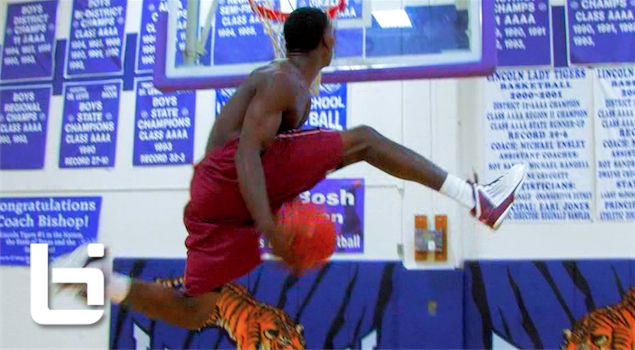 Ballislife | South Dallas Dunk Contest