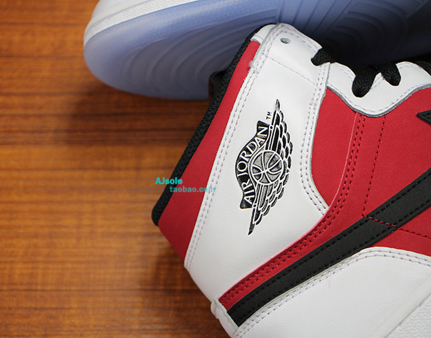 Air-Jordan-1-Retro-High-OG-CARMINE-4